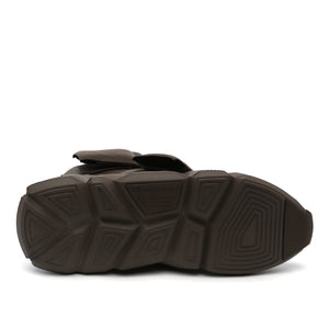 space kick stout mens sand bottom