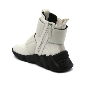 space kick stout mens white angle in