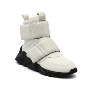 space kick stout mens white angle out