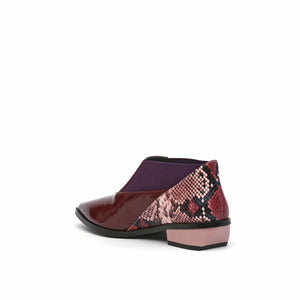 spark bootie lo burgundy angle in view