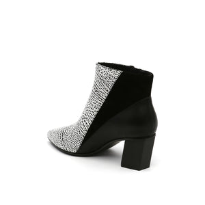 twist bootie mono + black angle in