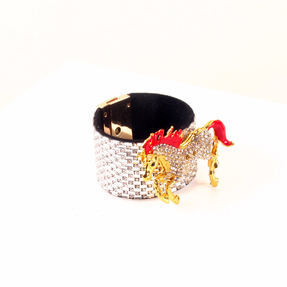 Diamante Equus Cuff