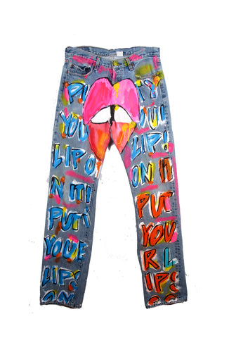 Iris Bonner THESEPINKLIPS 'Put Your Lips on It' Jeans - VIDEO!