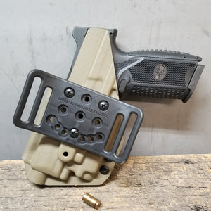 FN 509 Tactical with OLight PL-MINI 2 Valkyrie OWB Holster