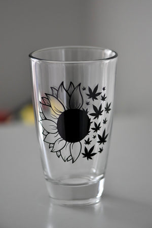 Sunflower to Hemp/Pot leaf Pint Glass