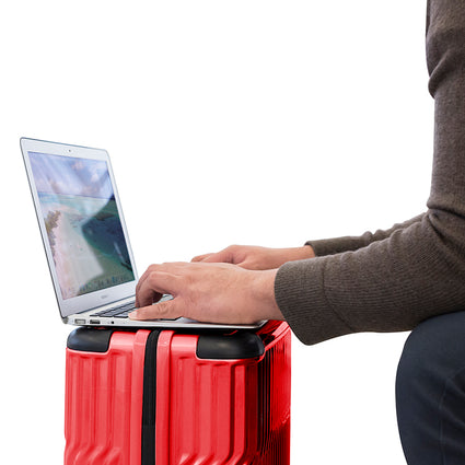"Tekno 21"" Carry-on"