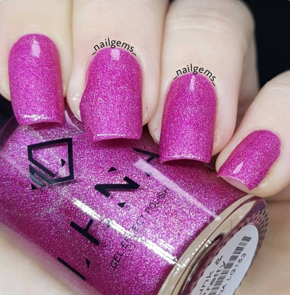 drama-queen-gel-effect-nail-polish-pretty-little-nails