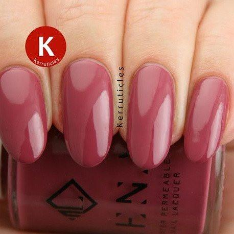 gel-effect-nail-polish-pretty-little-nails-kiss-chase