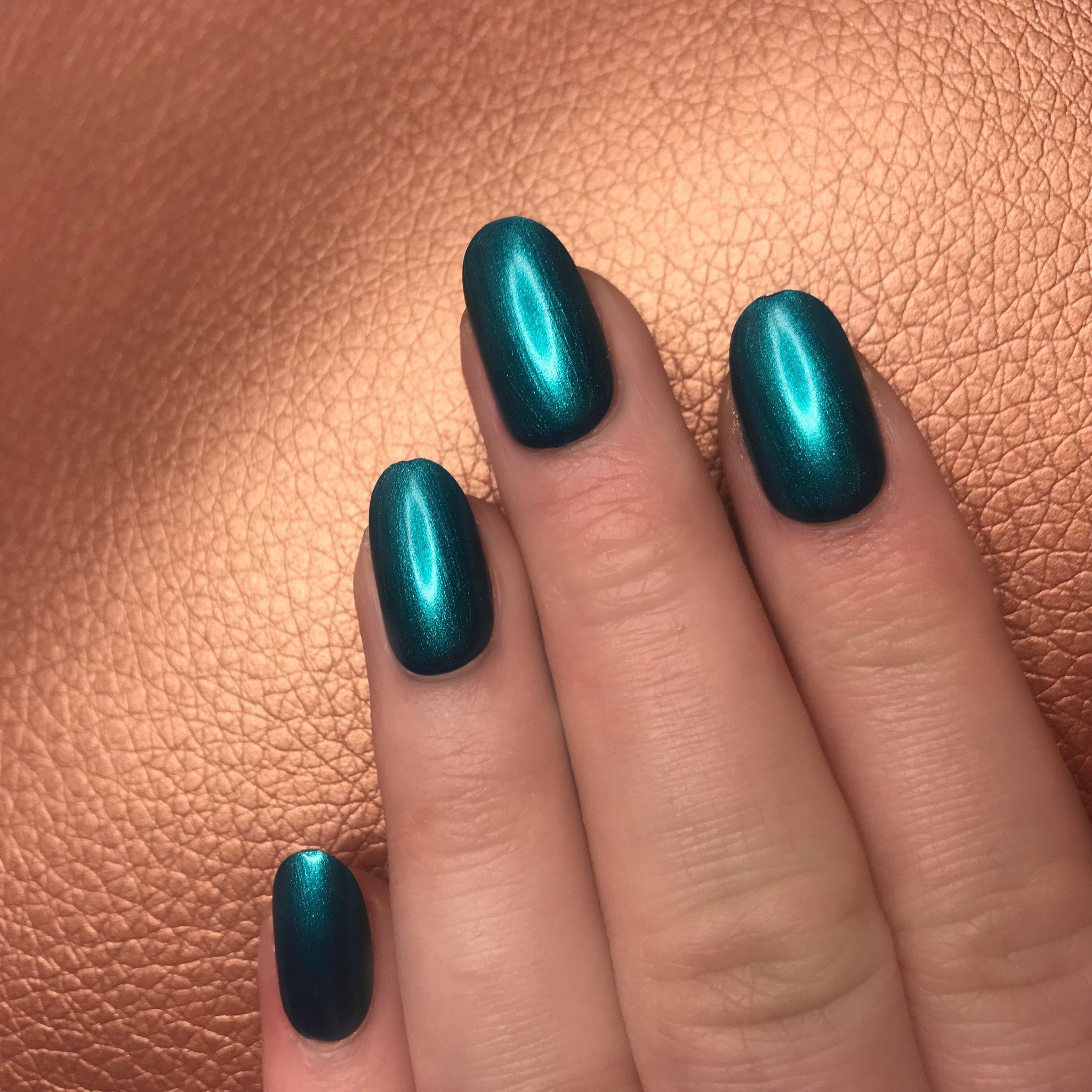 teal-nail-polish-pretty-little-nails-inner-mermaid