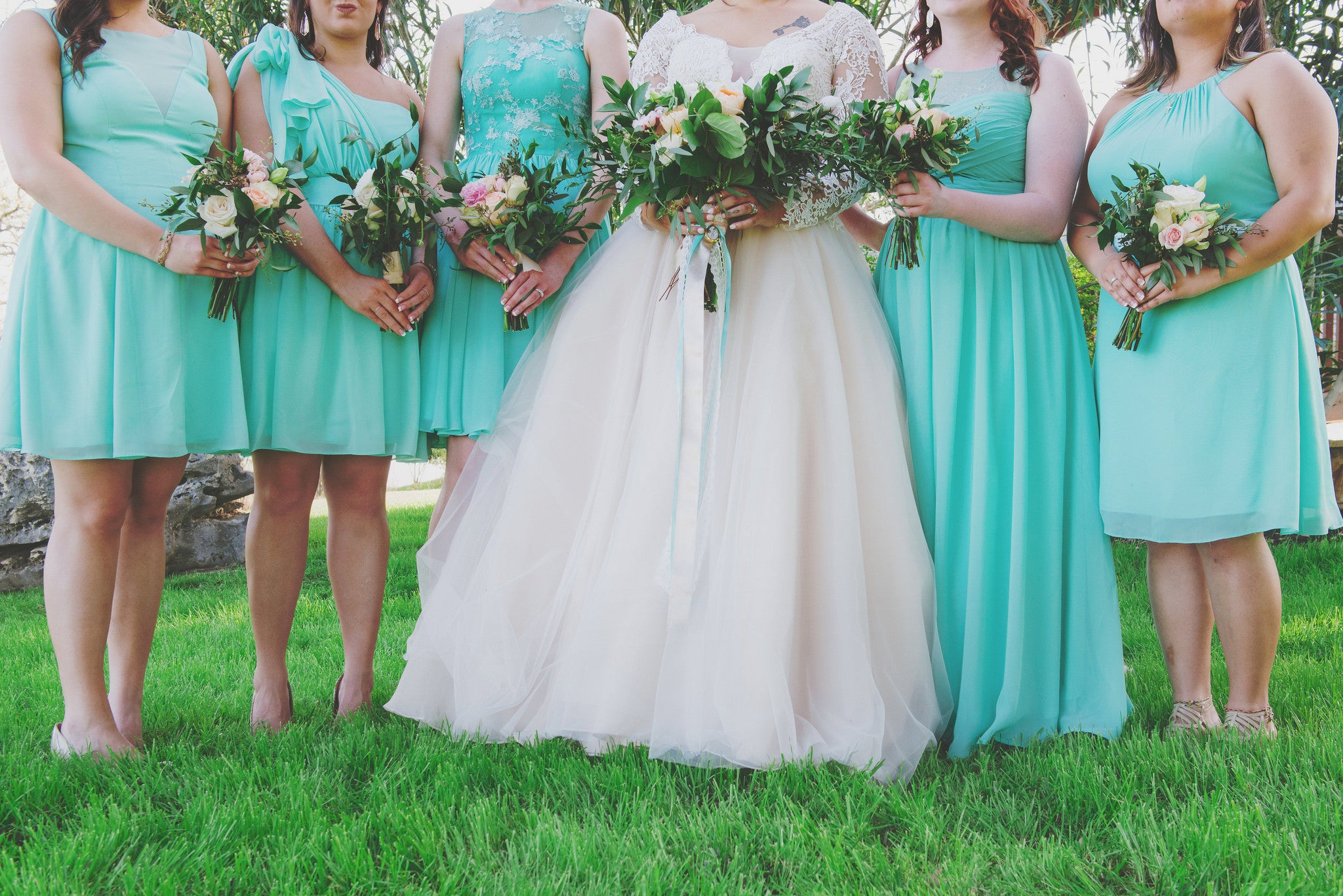 How to Make Your Maid of Honor Stand Out