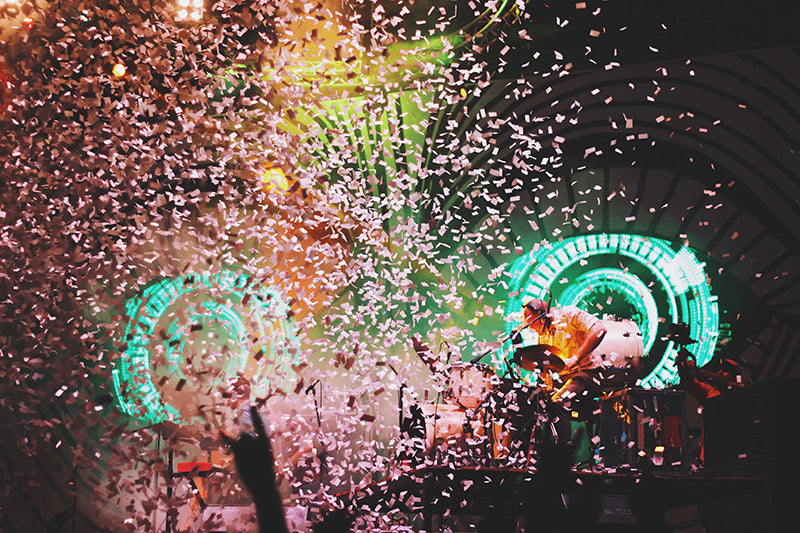 New Year's Eve Wedding Confetti Drop