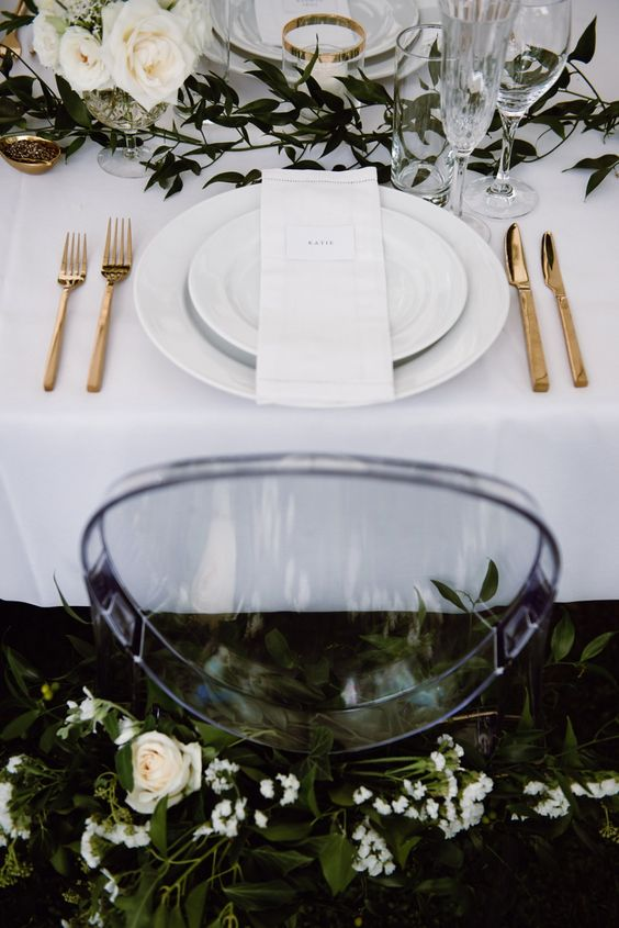 Contemporary Romantic Tablescape