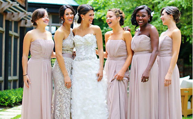 7 Ways to Help Your Maid of Honor Stand Out
