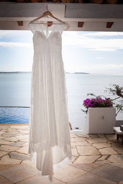 Ana's Lace Wedding Dress