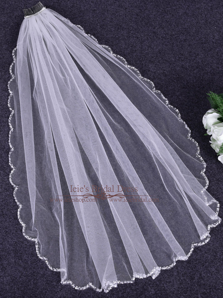 Short Fingertip One Tier Veil with Scallop Edges | VG1084