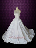 Round Neck Wedding Dress Modest Ball Gown Wedding Dress