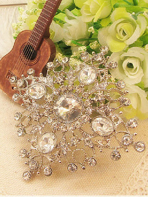 Square crystal wedding brooch