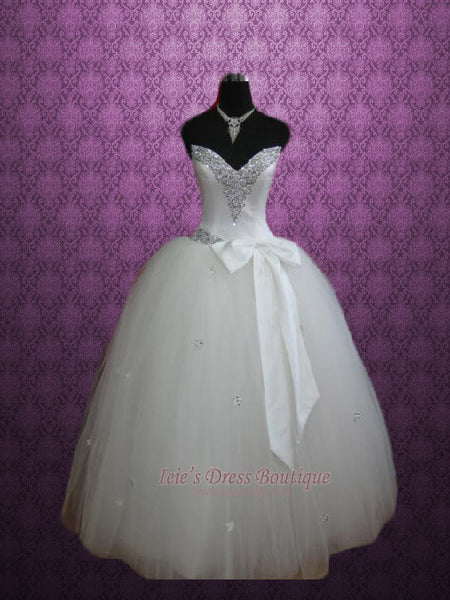 Strapless Jeweled V Neck Tulle Ball Gown Princess Wedding Dress ...