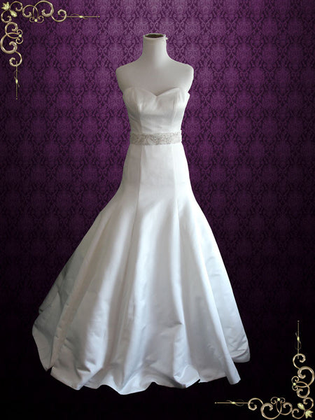 Fit and flare satin wedding dress with sweetheart neckline for Satin fit and flare wedding dress