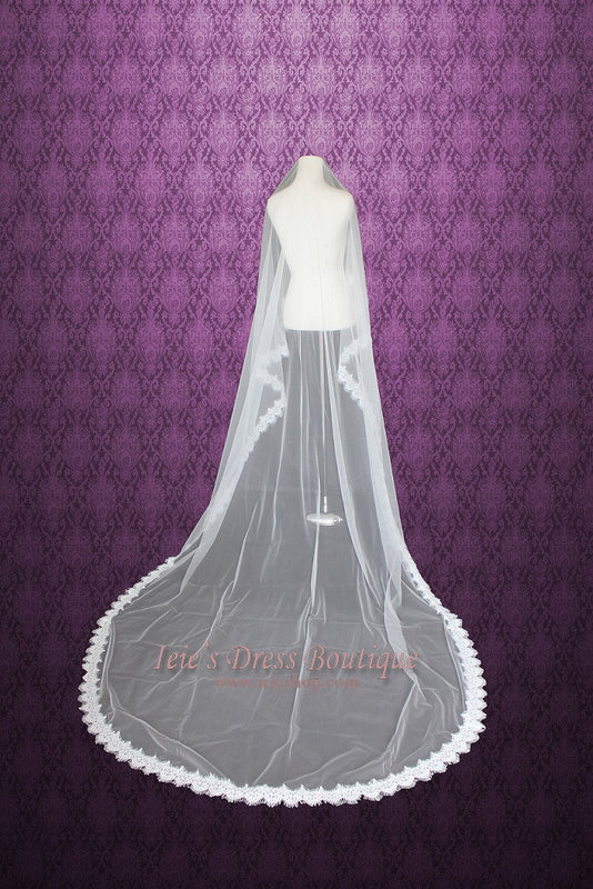 118'' Eye Lash Lace Trim Edge Cathedral Length Veil