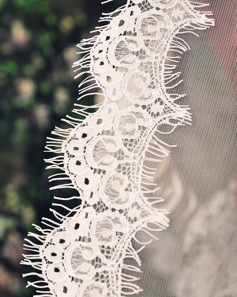Eye Lash Lace Trim Edge Chapel Length Veil