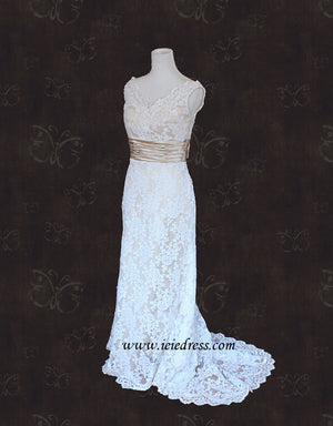 Vintage Slim A-line Lace V Neck Lace Wedding Dress | Monica