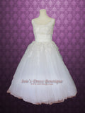 Retro Vintage Style Tea Length Tulle Wedding Dress with Daisy Floral Applique