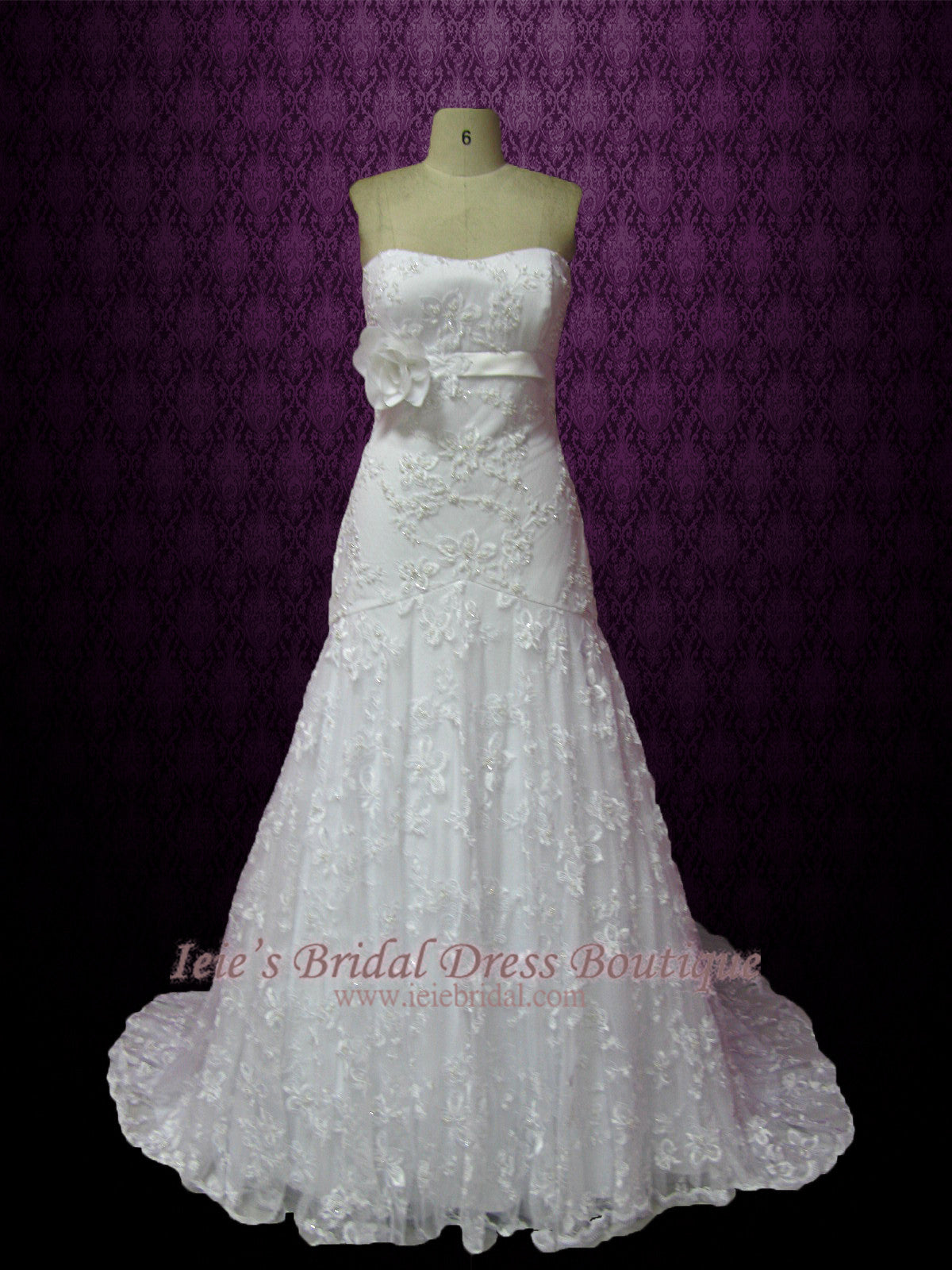 Strapless Fitted A-line Trumpet Lace Wedding Dress