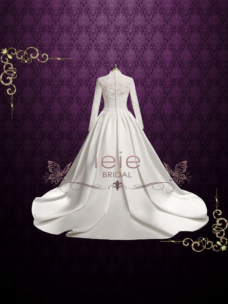 Classic Lace Ball Gown Wedding Dress With Long Sleeves