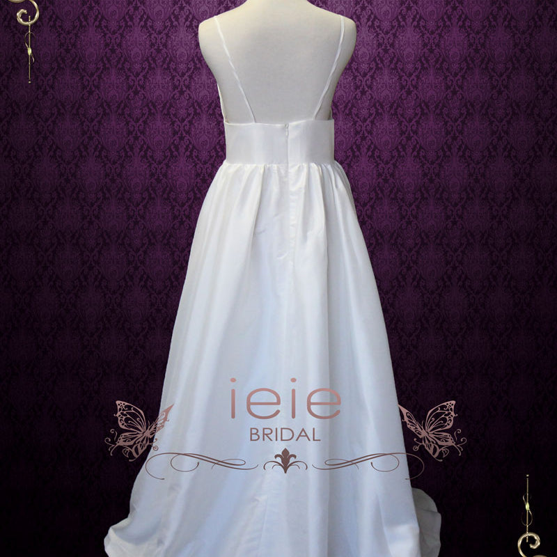 65e59a7543 Simple Yet Elegant Slim A-line Beach Wedding Dress with Sweetheart Neck Line  and Low