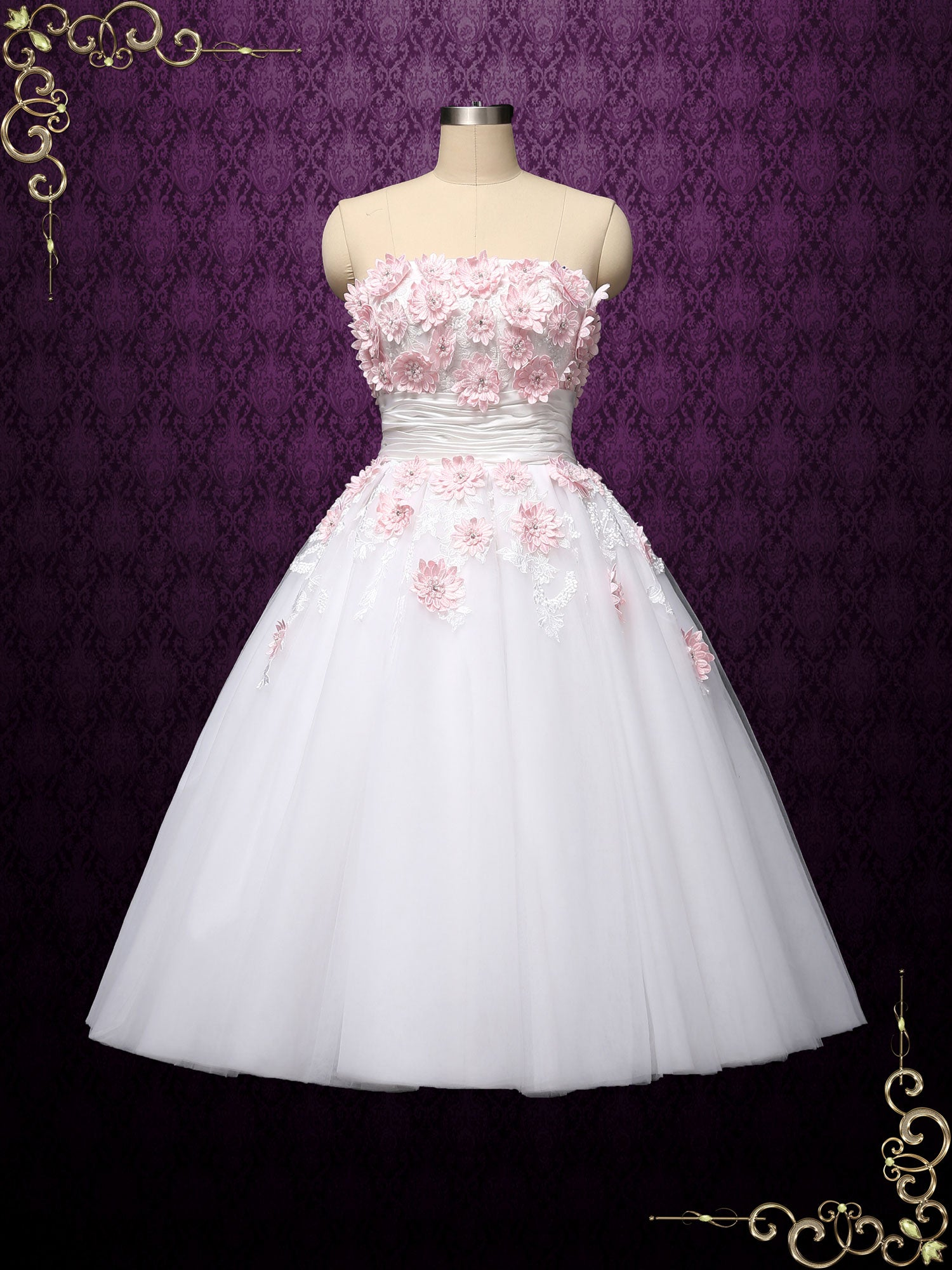 Retro Vintage Style Tea Length Strapless Tulle Wedding Dress with Pink  Daisy Floral Applique
