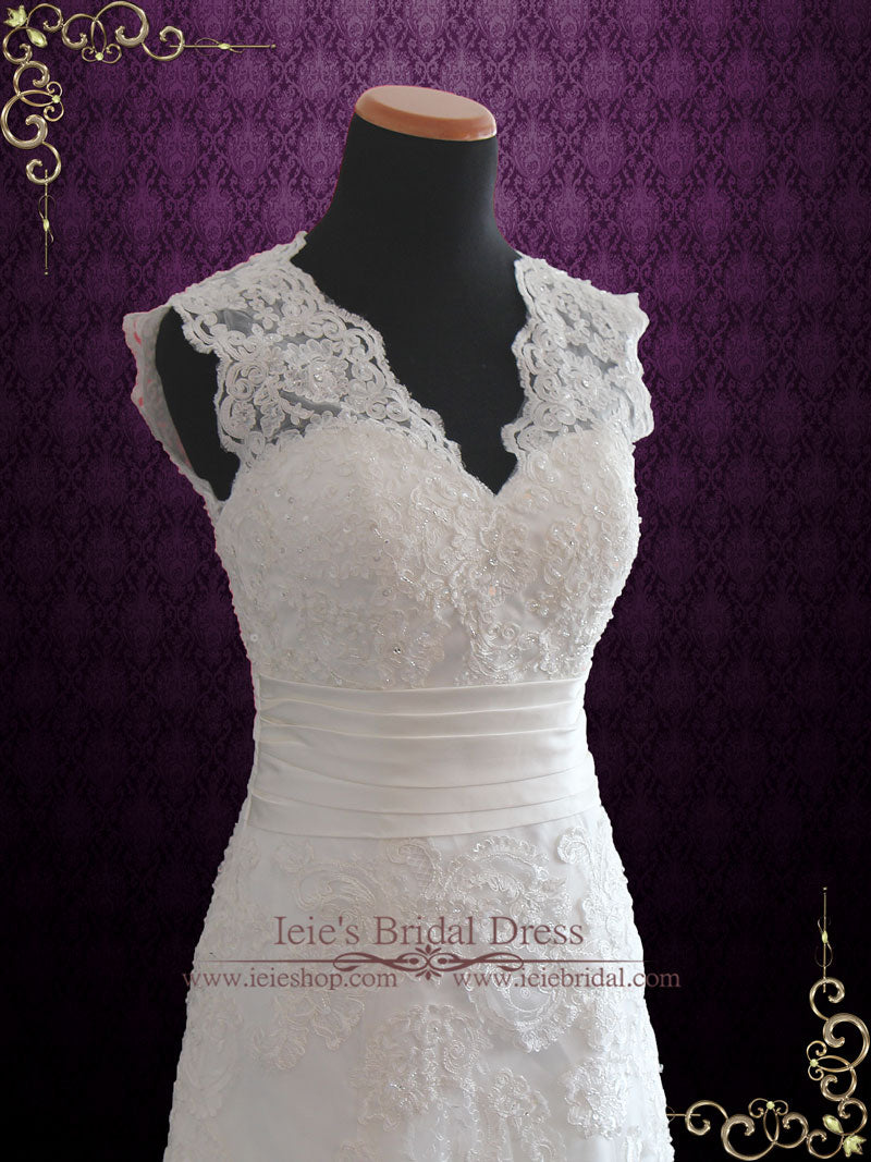 Ready to Wear Vintage Lace Wedding Dress | Raynia