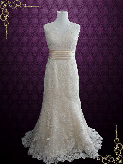 Vintage Style Lace Keyhole Back Wedding Dress with V Neck | Rayna