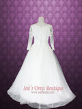 Victorian Style Princess Ball Gown Floral Lace Wedding Dress With Long Sleeves and V-Neck Scallop Lace | Nievia
