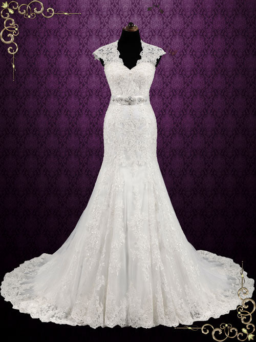 Vintage Style Lace Keyhole Back Wedding Dress | Auden – ieie