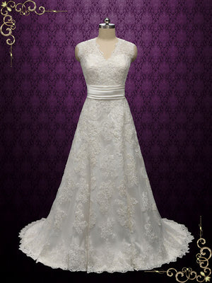 Vintage Lace Wedding Dress with V Neckline | Ashlyn