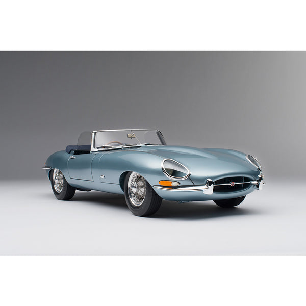 Jaguar E-Type Roadster 1:8 Scale