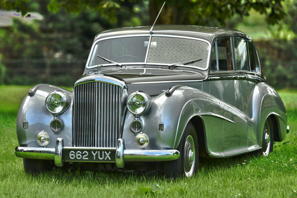 1951 Bentley Mk VI H.J. Mulliner 'Lightweight' Saloon