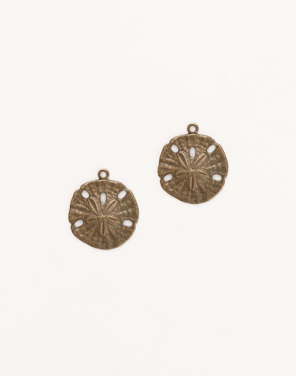Sand Dollar, 18x16mm, (2pcs)