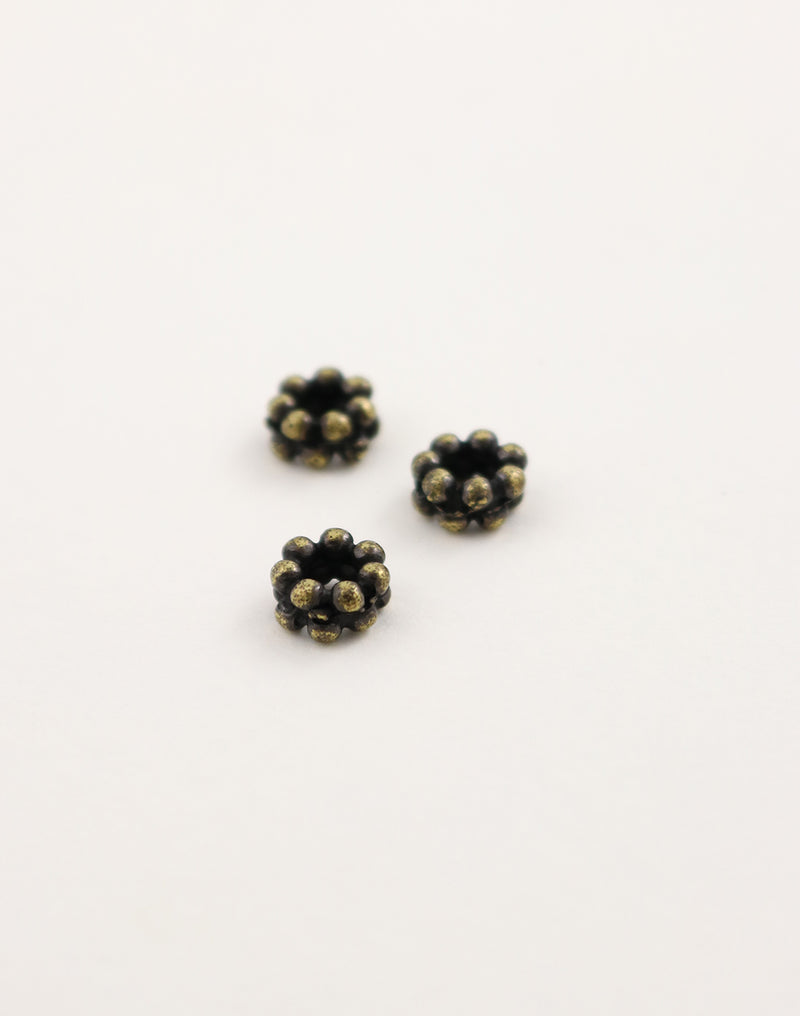 Dotted Spacer, 8mm, (3pcs)