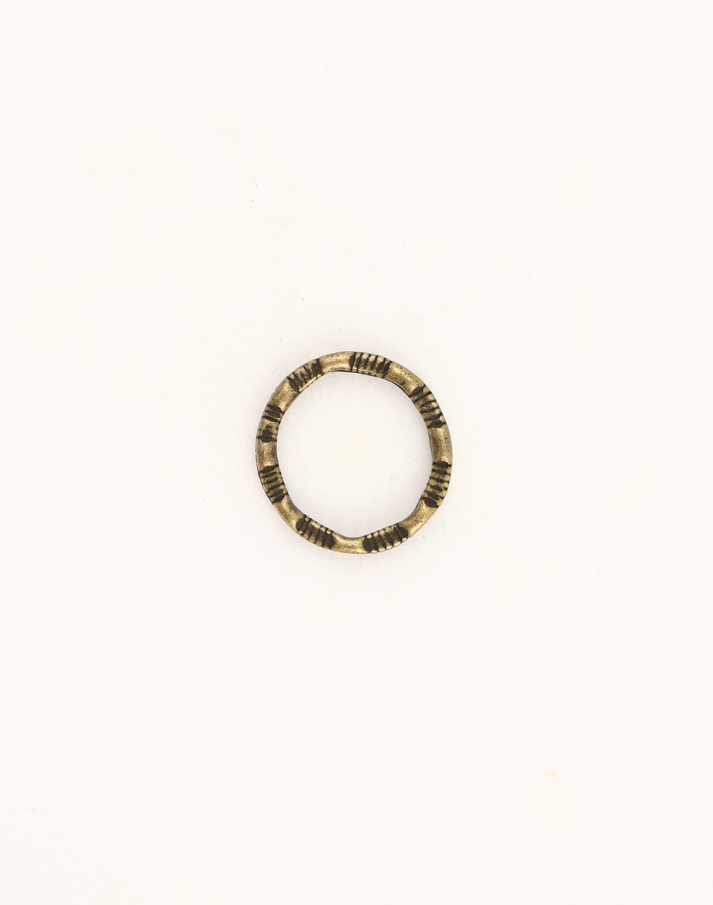 Scored Ring, (1pc)