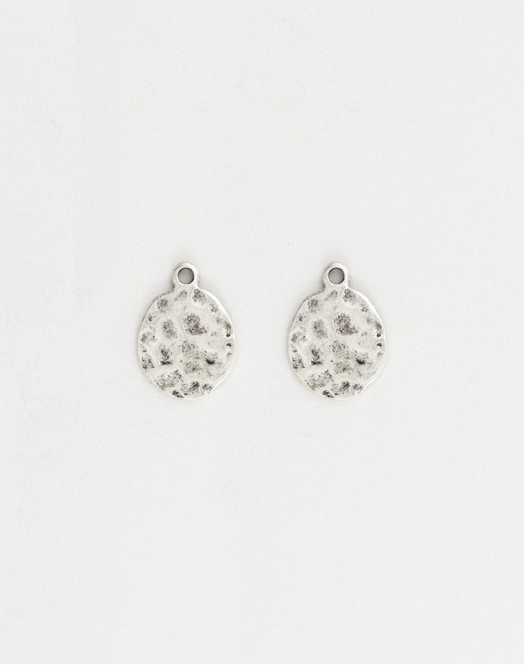 Hammered Oval, 18x13mm, (2pcs)