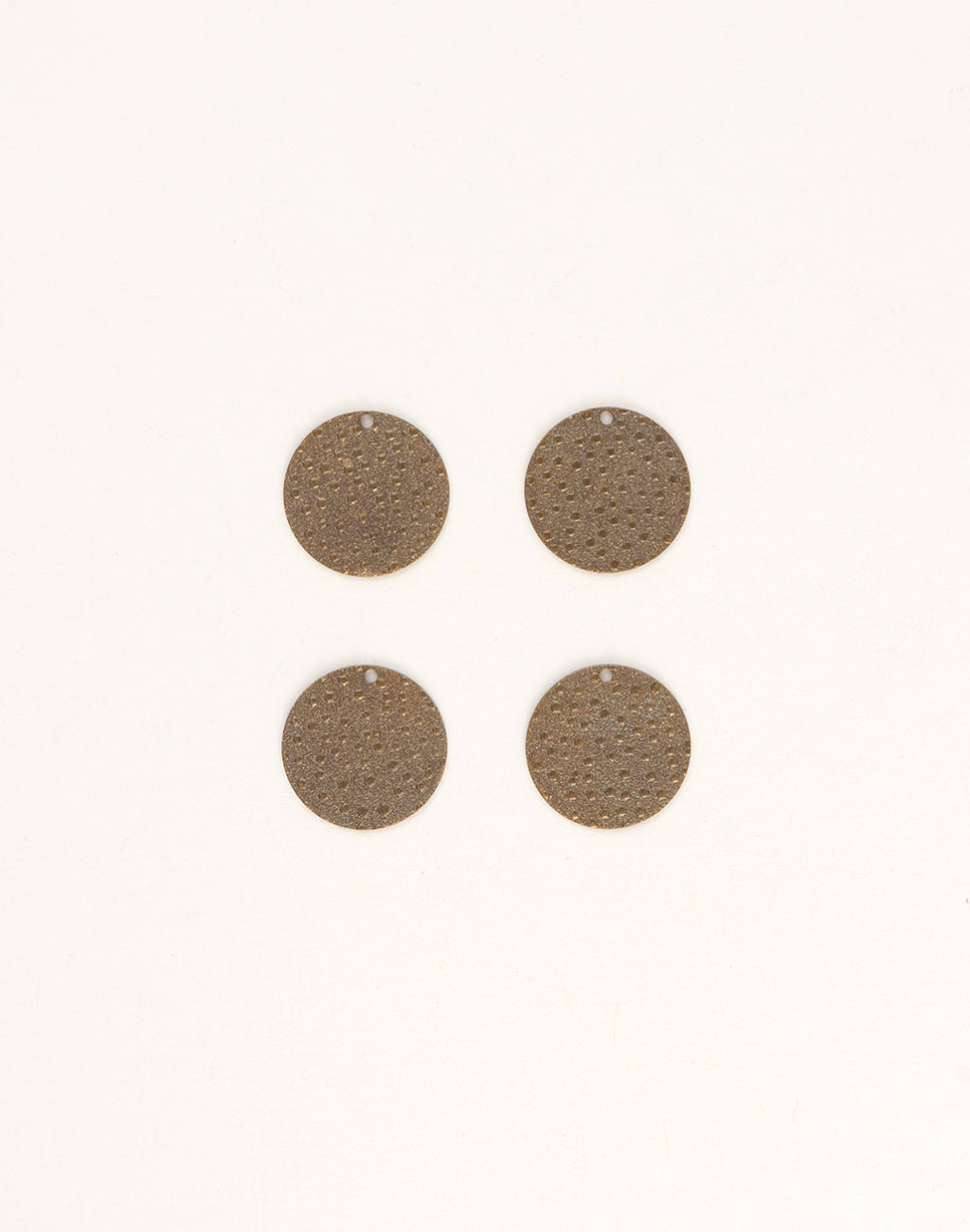 Embossed Dots, 14mm, (4pcs)