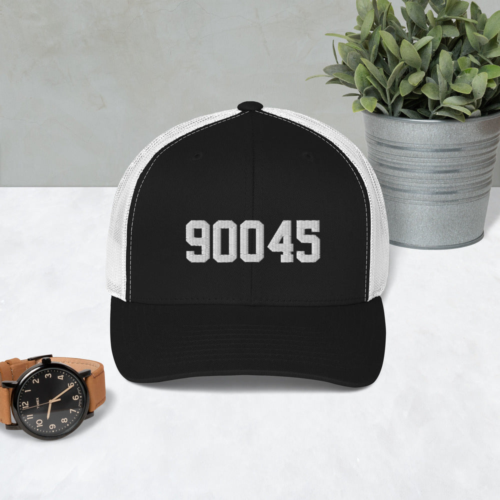 90045 Retro Trucker Cap (5 panel, curved brim)