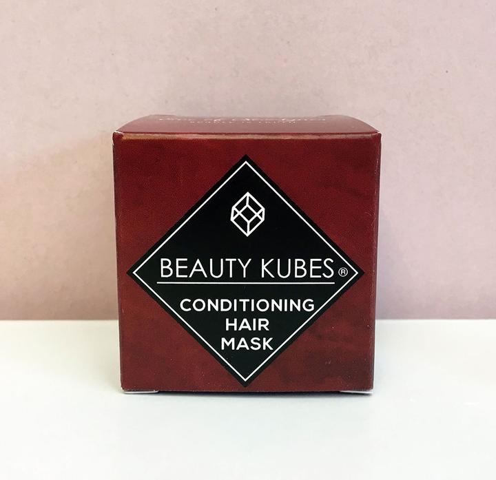 Beauty Kubes Conditioner Front View of cardboard box