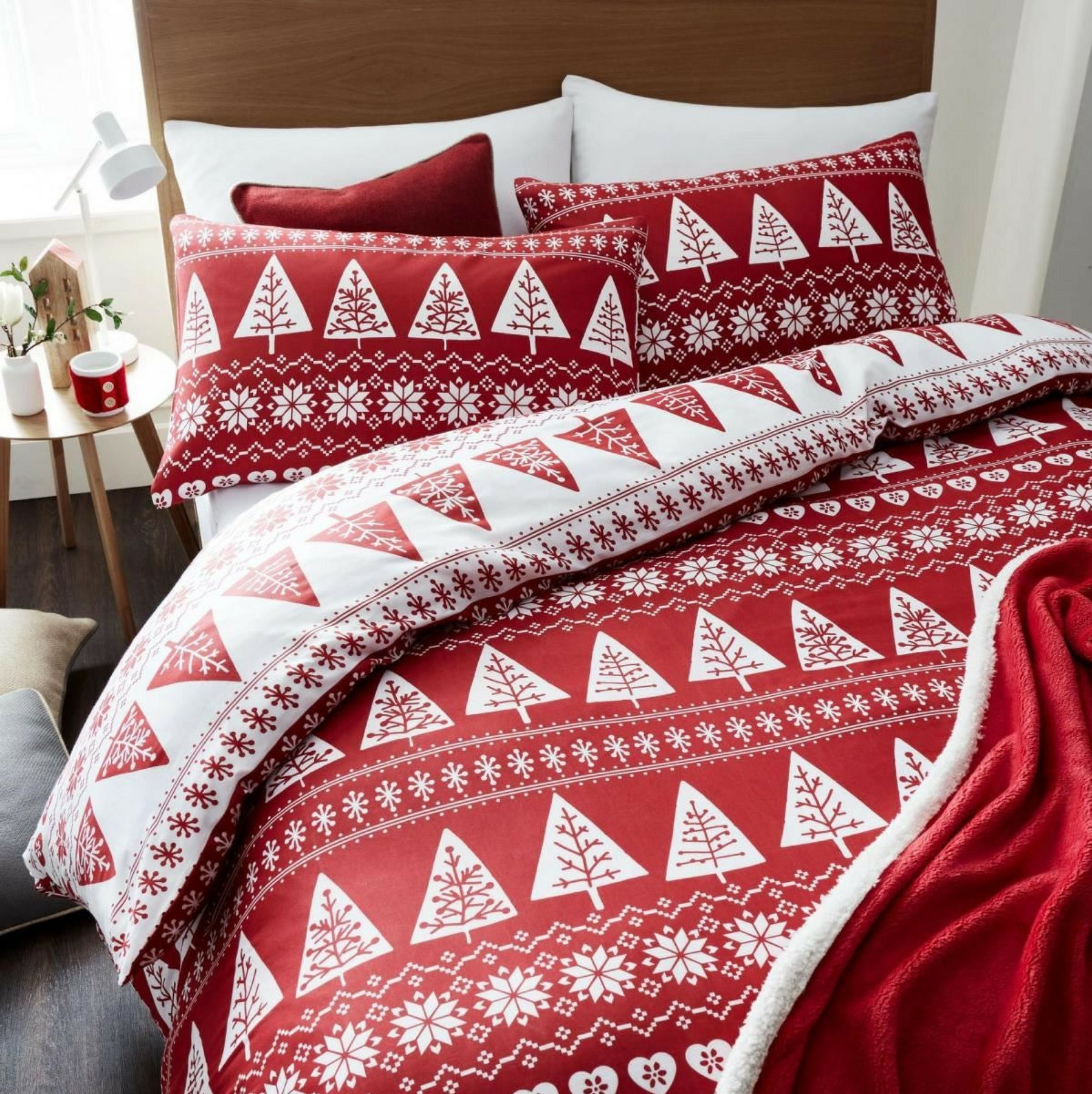 sets christmas with bedspreads quilts luxury holiday regency twin comforters style and bedspread bedding bed quilt ease beautiful collection