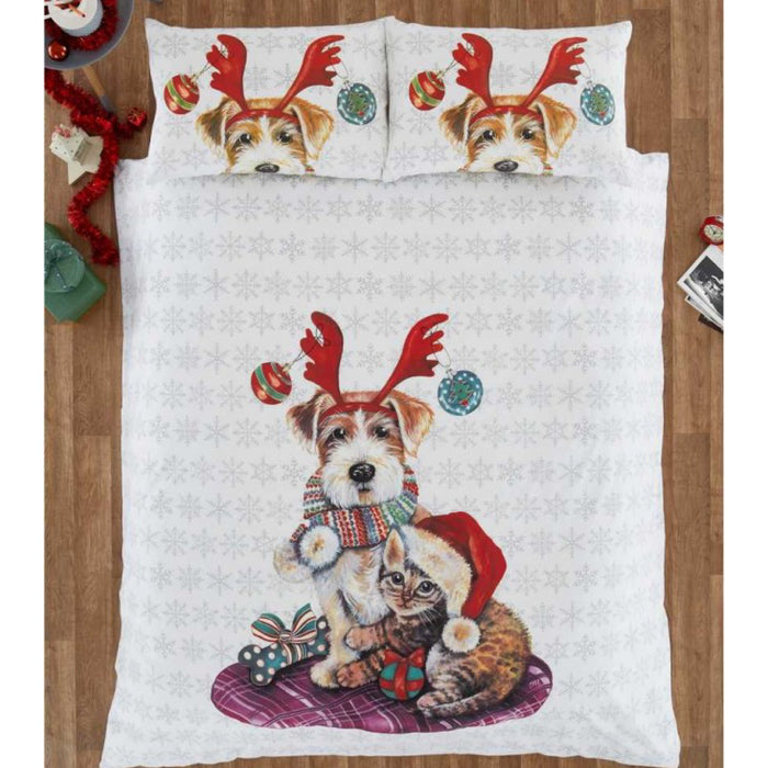 Ivy and Snowy Christmas Duvet Set