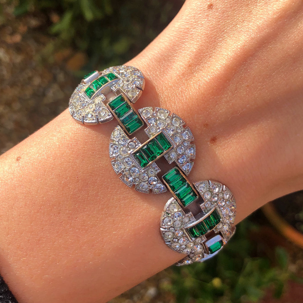 Vintage Art Deco Circular Paste Green Glass Panel Bracelet
