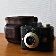 Afbeelding in Gallery-weergave laden, Agfa CLACK camera