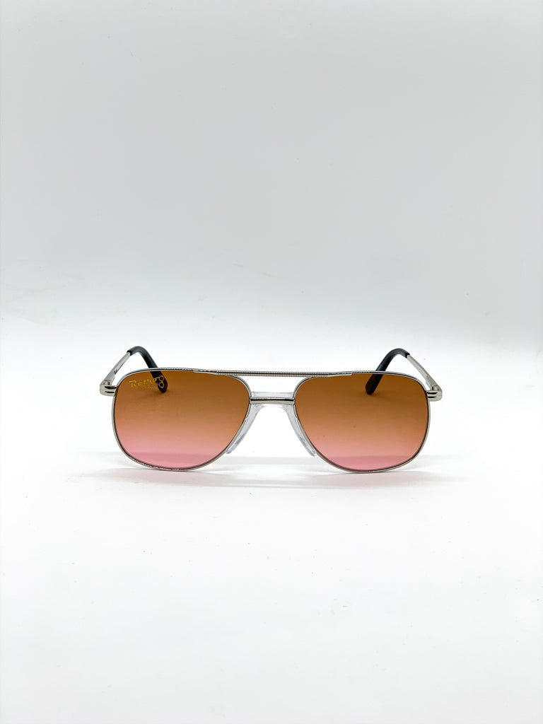 Orange retro glasses fom the front
